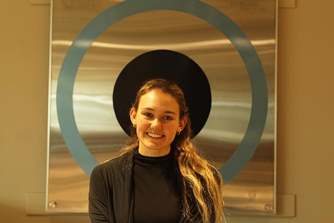 Laura Pineault
